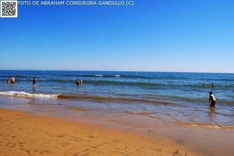 TURISTAespaña: El Océano Atlántico baña la Playa de Punta Umbría en la provincia de Huelva, comunidad de Andalucía.
