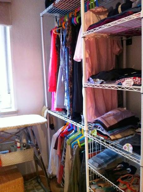 Convertir cuarto estrecho en vestidor / cuarto de lavado   paperblog