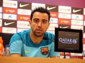 Xavi seguirá Barcelona
