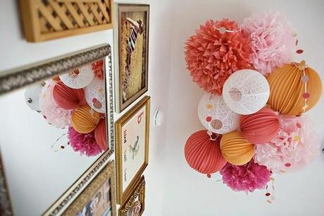 Inspiración Deco + Video DIY Pompones de papel y Guirnalda pompon ...