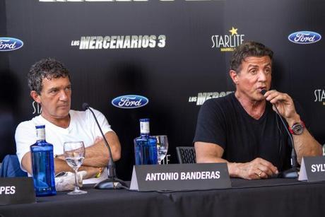 Antonio Banderas y Sylvester Stallone en Antonio Banderas, Sylvester Stallone and Wesley Snipes en el estreno de Los Mercenarios 3