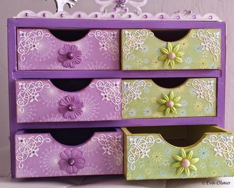Cajita de madera alterada paperblog - Decorar cajas de madera con papel ...