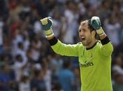 Según Gazzetta, Milan dará millones Diego López