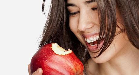 Alimentos que blanquean tus dientes