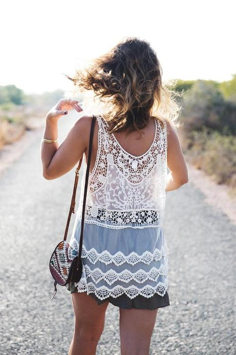 Festival_Outfit-Crochet_Top-Summer-Outfit-Collage_Vintage-1
