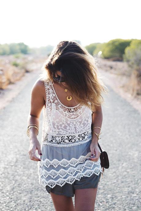 Festival_Outfit-Crochet_Top-Summer-Outfit-Collage_Vintage-9