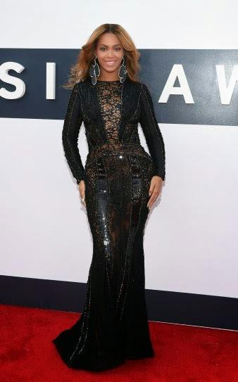Beyonce, espectacular de Nicolas Jebran y Tom Ford, en los MTV Awards