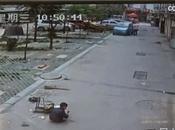 niño salva vida milagrosamente tras pasar vehículo encima