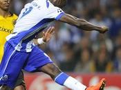 Brahimi inspirado, Porto mete fase grupos Champions