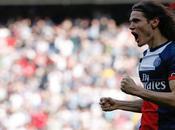Wenger quiere contar goles Cavani