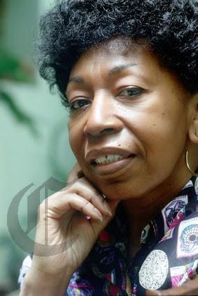 Difusora de la cultura negra en Perú, nos dejó a los 92 años de edadA los 92 años de edad, falleció hoy Victoria Santa Cruz, estudiosa y difusora de la ... - fallecio-victoria-santa-cruz-L-x7BxZd