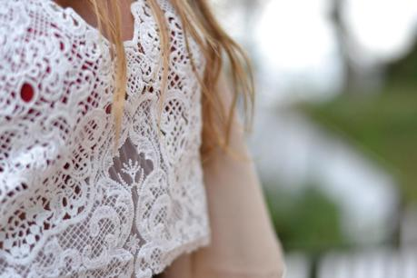 CROPPED IN LACE