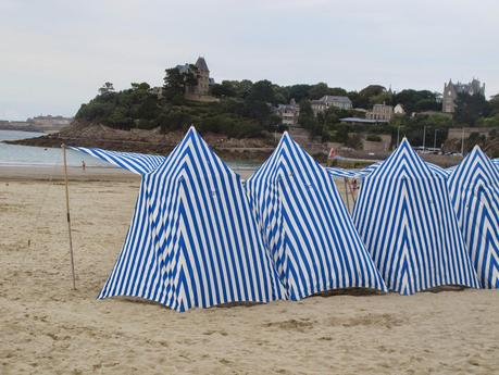 Bonitos toldos en la playa paperblog - Toldos para la playa ...