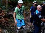 ciclista sufre lesión medular caer trampa monte Vigo
