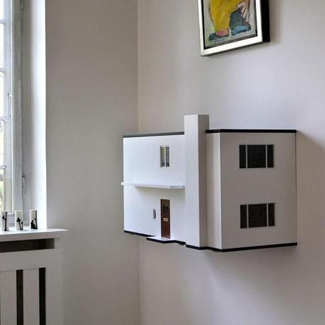 Una preciosa casa de mu ecas moderna para pared paperblog for Casa moderna juegos