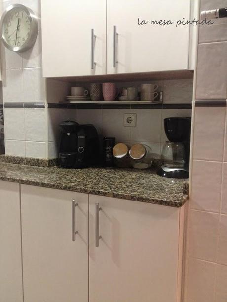 Pintar Los Muebles De Cocina. Interesting Cocina Con Mobiliario En ...
