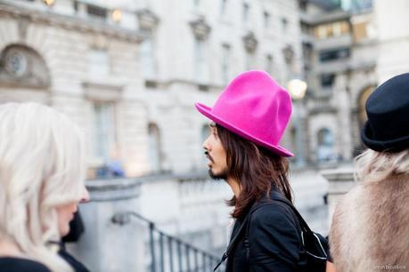 street-style-london-fashion-week-amintaonline-29