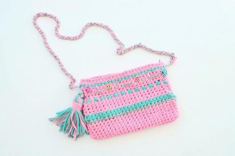 C mo hacer un bolso de trapillo ste rosa f or paperblog - Como hacer un bolso de trapillo ...