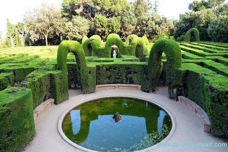 Parque del laberinto otro jard n con encanto en barcelona for Jardin laberinto
