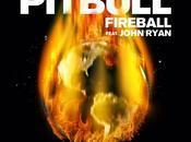 Pitbull estrena videoclip compañía John Ryan