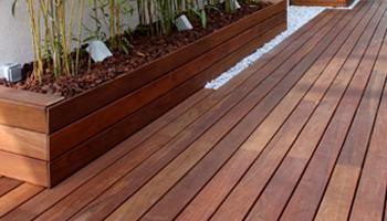 reforma terraza 08 Reforma de una terraza con diseño de madera de exterior y bambú