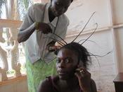 Africa. ¡Vivan peluquerías!