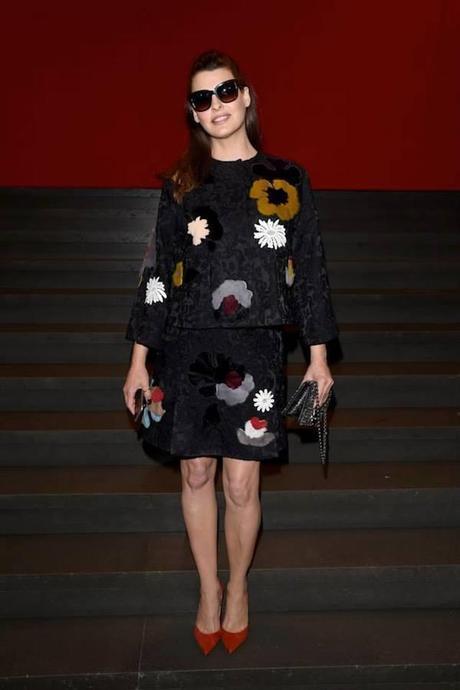 Linda Evangelista, de Dolce&Gabbana para asistir al desfile SS15 de la firma.