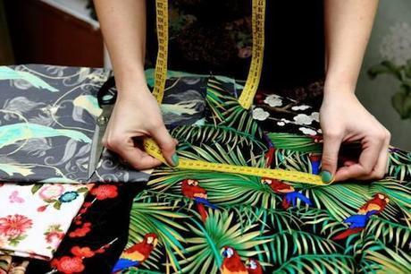 La selección de los tejidos y los estampados es la base de La Carola.