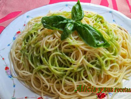 SPAGHETTINI AL PESTO