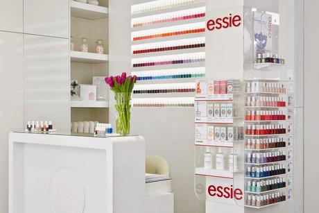 Essie presenta a las blogueras su colección de otoño 2014.