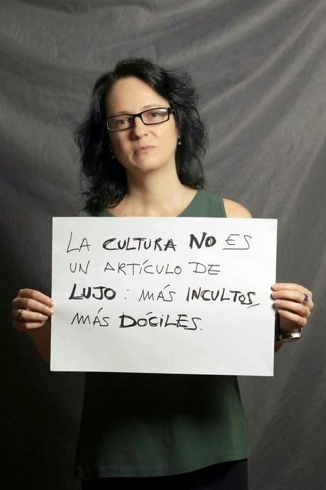Marta Sanz: 2 poemas: