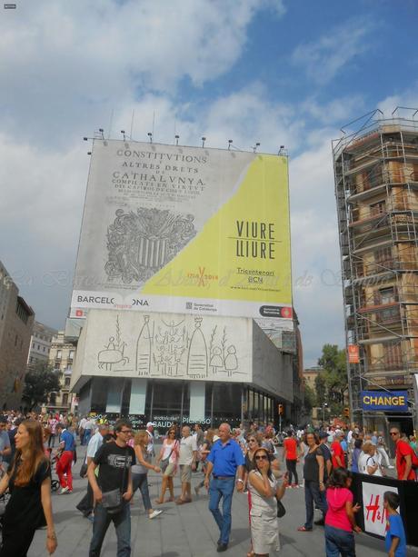 EXPOSICIÓN EN LA PLAÇA NOVA, BARCELONA...30-09-2014...!!!