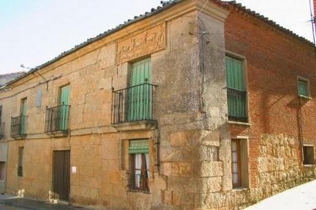 En el siglo XV Fuentesaúco fue considerada aljama junto a Toro y Castronuño