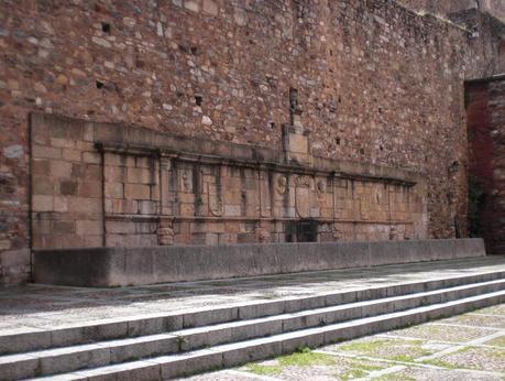 Antiguas fuentes de abastecimiento de Badajoz y Cáceres