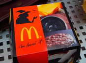 McDonald's lanza hamburguesa negra Japón Halloween.