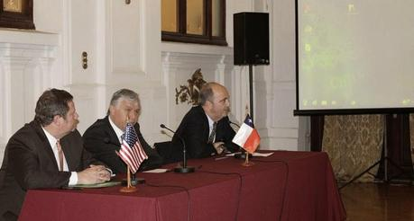 Chile sería sancionado en 2015 por no legislar en torno a comercio ilegal de animales