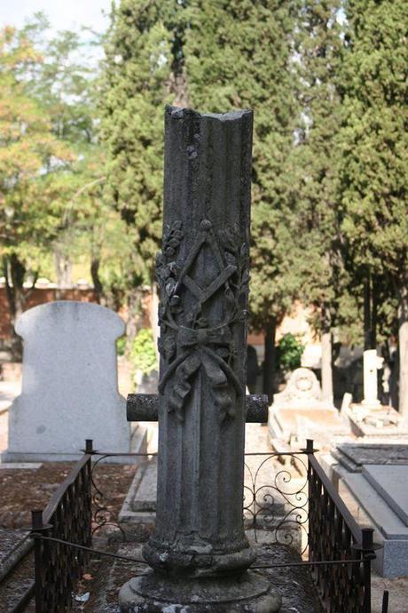 MEMBRESIAS MASONICAS CEMENTERIO DE LA ALMUDENA