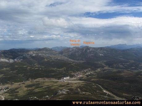 Ruta Agujas y Toneo: Vista a la Peña El Viento y Rapina desde el Toneo