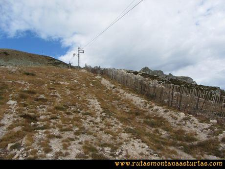 Ruta Agujas y Toneo: Subiendo por la pista de sky al Agujas