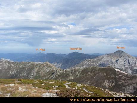 Ruta Agujas y Toneo: Desde el Agujas, vista del Torres, Peña Mea y Retriñón