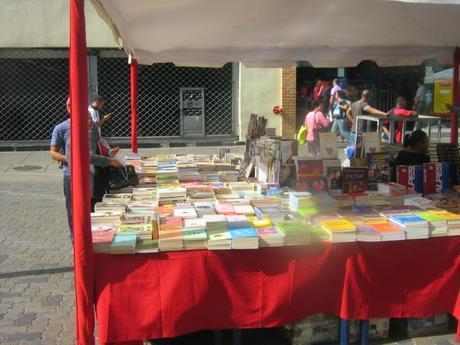 EL RECREO - Regresa nuevamente a Sabana Grande Feria del Libro de la Red Fabricio Ojeda