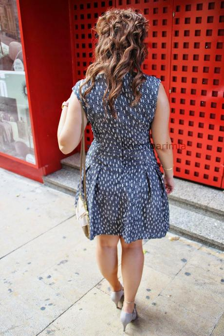 OUTFIT 51 FIFTIES DRESS.