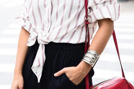 Wide_Leg_trousers-striped_shirt-Statement_Necklace-NYC-Flatiron-Collagevintage-32