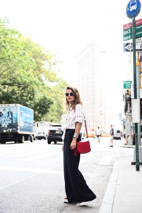 Wide_Leg_trousers-striped_shirt-Statement_Necklace-NYC-Flatiron-Collagevintage-7