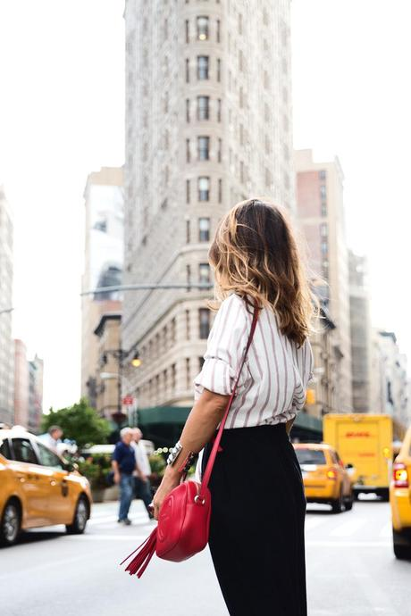 Wide_Leg_trousers-striped_shirt-Statement_Necklace-NYC-Flatiron-Collagevintage-12