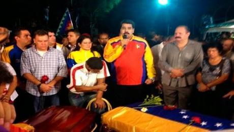 Maduro informa que han sido identificados autores intelectuales del asesinato de Robert Serra