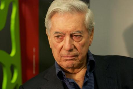 Si lloro por tí Argentina de Mario Vargas Llosa: el arte de difamar
