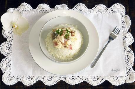 Pollo a la carbonara con arroz