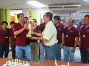 Marcos ganó nacional equipos Salvador