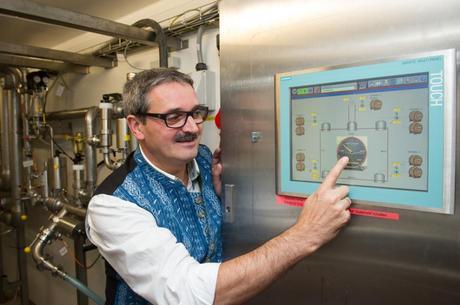 Uwe Daebel, el responsable de tecnologías de envasado de Paulaner,...